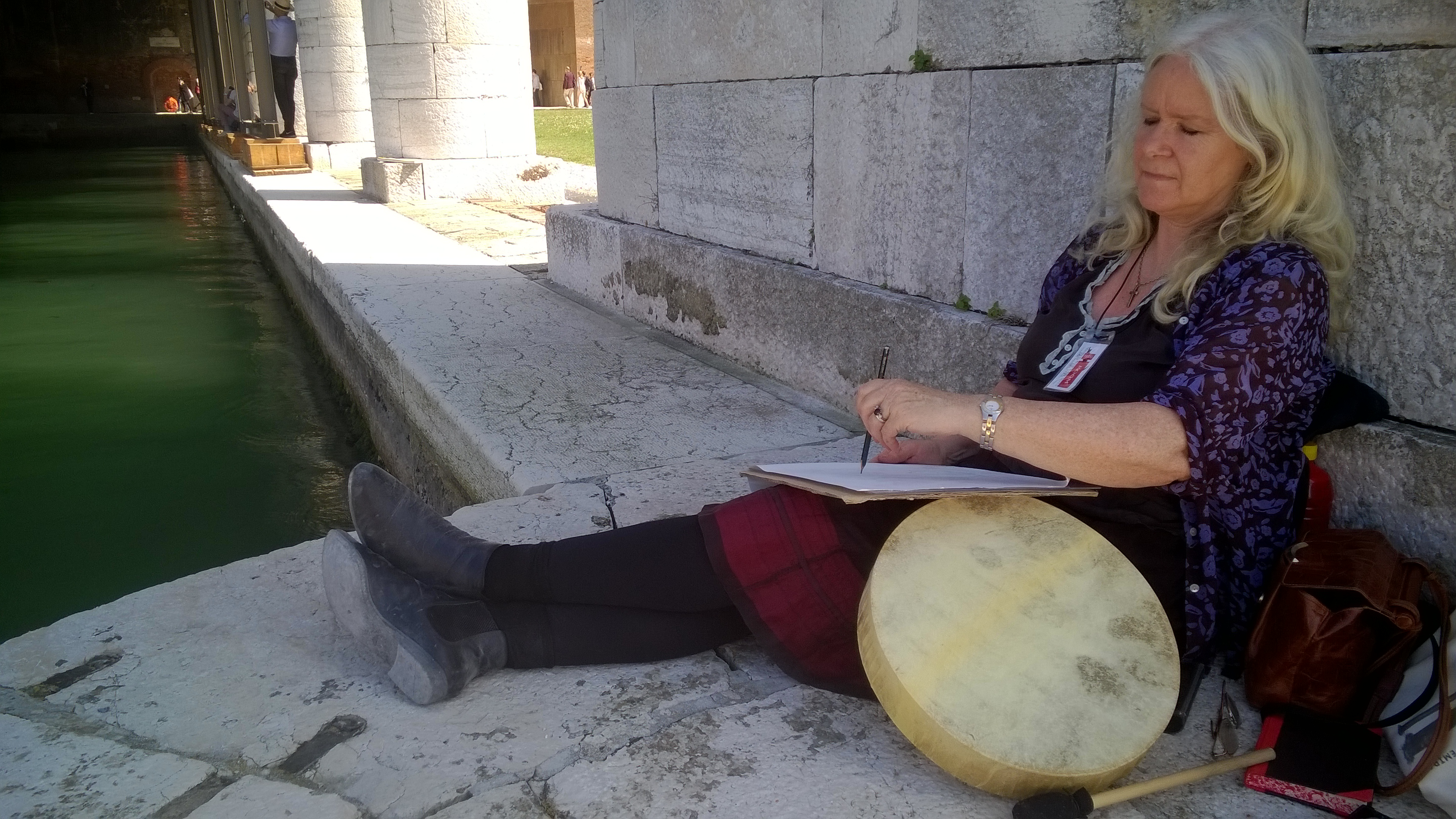 15 Kate Walters making drawing drumming intervention, Arsenale, Venice Biennale, 2015