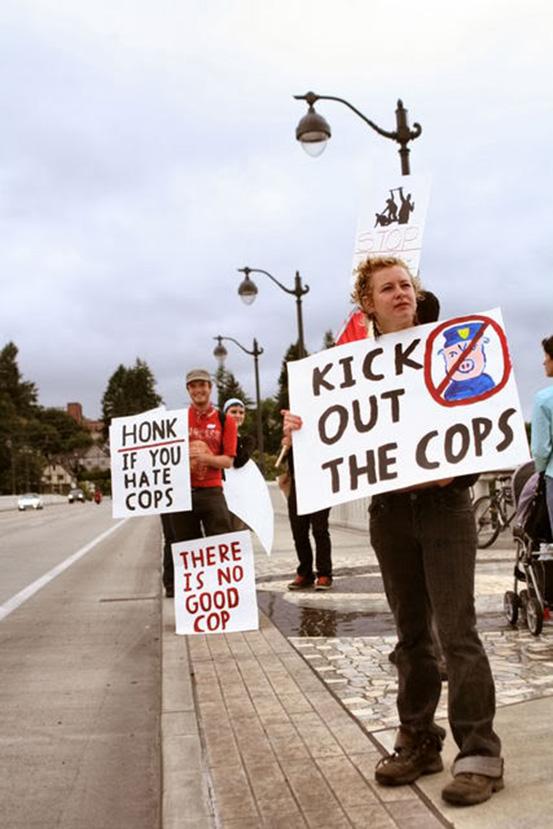 cops33